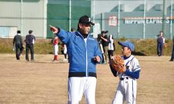 プロ野球「47年会」少年野球教室