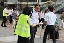 交通安全街頭キャンペーン